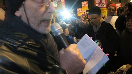 Michael Rosen reads poem at the candle vigil invoking spirit of the 1936 'Battle of Cable Street' th