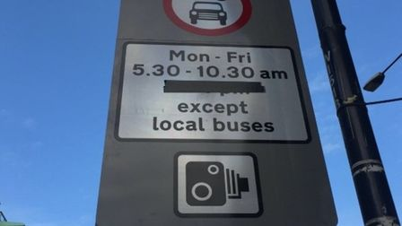 Only warning drivers got when they arrived at Wapping High Street to find bus gate ban before having