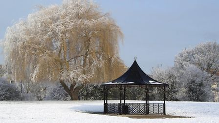 Snow scenes in the March West End Park