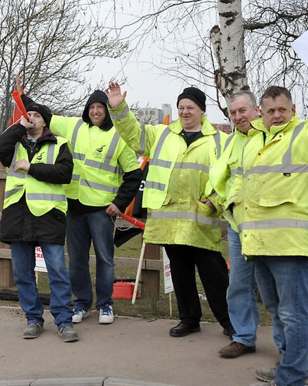 Official Picket at Hanson Brickworks Kings Dyke Whittlesey. Picture: Steve Williams.