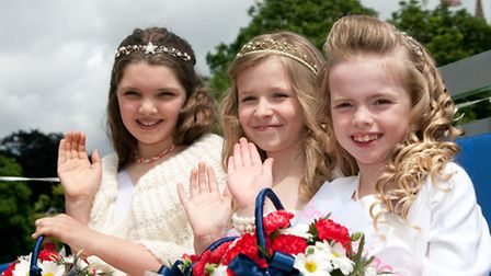 2012 Soham carnival queen Mia Hession, centre, with her attendants Tiegan Smith and Fiona Darlow.
