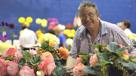 Ely Horticultural Society Annual Show, Les Turner