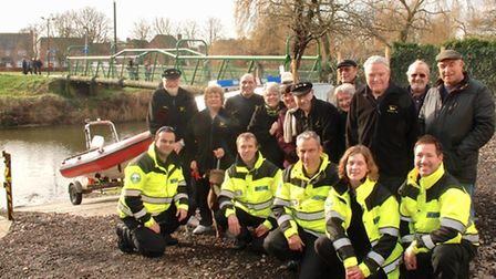 Middle Level Watermen's Club and Cambridgeshire Search & Rescue team members at Skoulding's Rest.