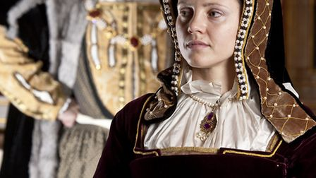 Re-enactors play the roles of Katharine of Aragon and Henry VIII.