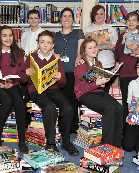 Sir Harry Smith Community college, Whittlesey. Year 8 Students and Jennifer Timms library manager wi