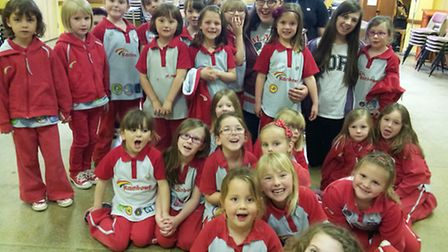 Rainbows and Brownies raise over £330 for Children with Cancer UK