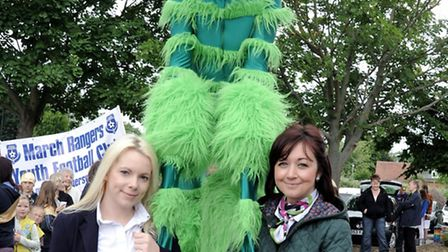 Beth Syer-Clarke and Jennifer Deverson with the Specsaver insect at the March Summer Festival