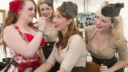The Manhattan Dolls have a 1940s make over from Alice Cormie [Picture: IWM]