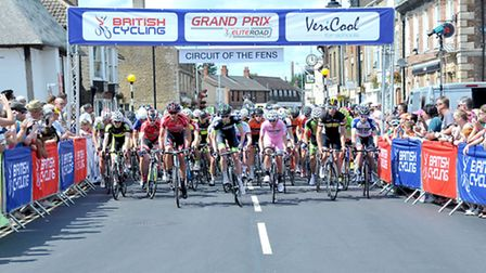 Circuit of the fens cycle race. Whittlesey.Start line at the Buttercross. Picture: Steve Williams.