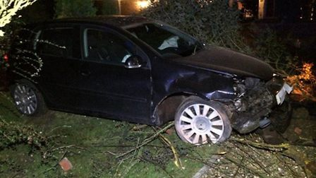Police hunt for driver who fled car that crashed in Gorefield