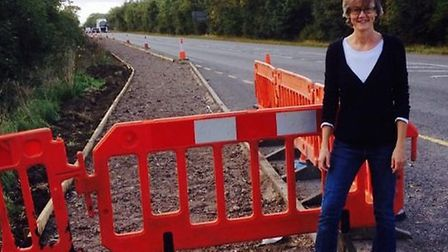 Councillor Anna Bailey beside the new cycleway works at Wentworth