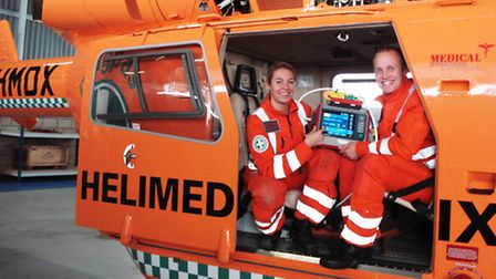 Magpas Helimedix team with the new life support machine