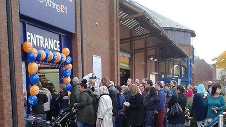 The opening of Poundworld drew a big turnout.