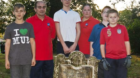 Chatteris Youth Work On War Graves