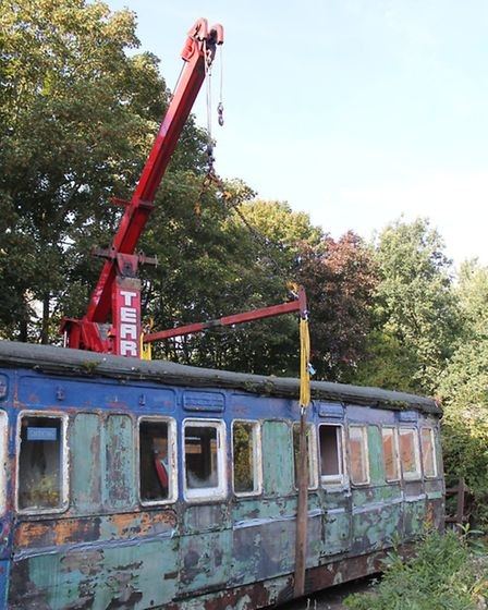 Lifting of the NER carriage