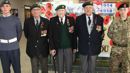 Neale-Wade students with war veterans.