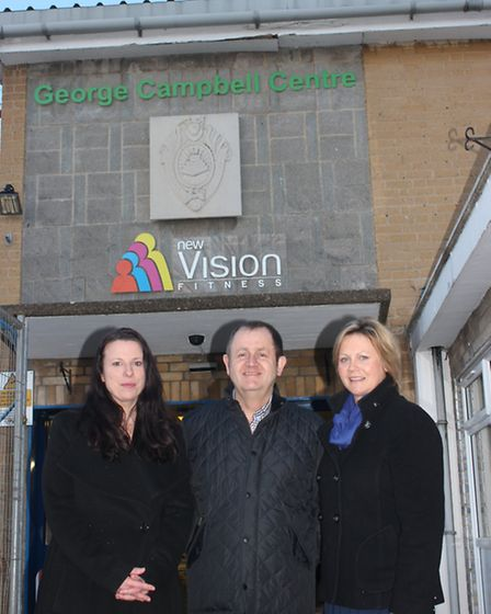 David Campbell and Anne Gunn (nee Campbell) with Cllr Michelle Tanfield at George Campbell leisure c