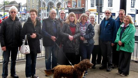 March Society members took part in an evening architectural stroll.