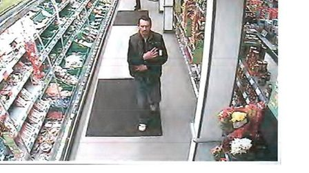 CCTV images of two men police would like to speak to in connection with a theft.