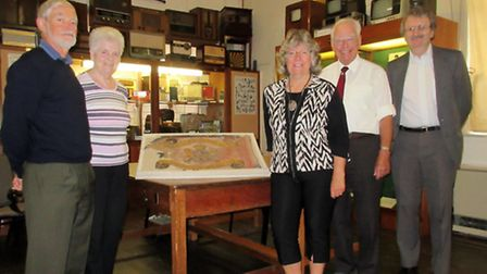 The photograph (attached) shows, from left, John Gray, Edna Stacey, Mary Gray, Richard Munns, Vice-c