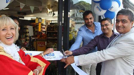 Mayor of Ely, Elisabeth Every cuts the ribbon on a new Nisa convenience store