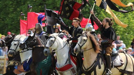 DUN 27 Stansted Medieval Fayre