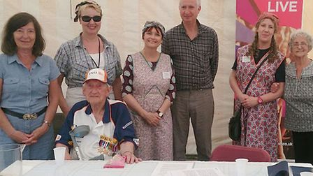 WW2 Memories at The Big Weekend Cambridge. Group photo with Cambridge MP Daniel Zeichner.