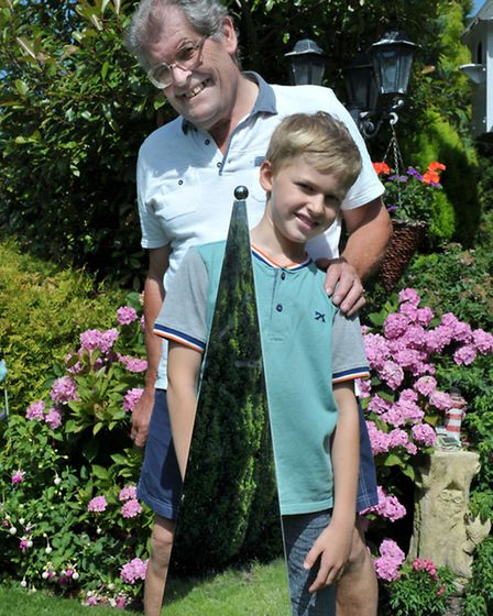 Nene Parade March, open garden at Doreen and Neville Patrick's home. Nathen Suttle and Neville Patri