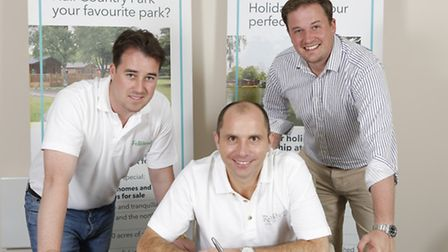 Joe Perry signs his sponsorship deal with holiday parks group Fellstead, with Fellstead owner Ryan N