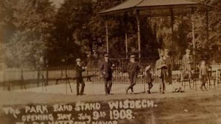 Wisbech bandstand opening day in July 1908