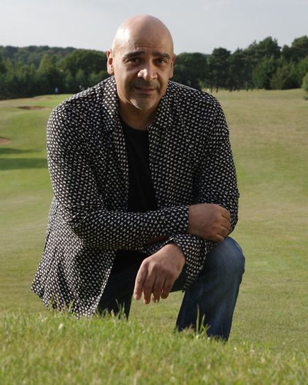 Glen Cooper will perform live at Dance & Dine's evening event at Orton Hall