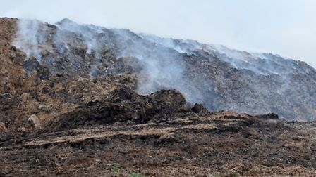 Straw Holding site at Greys farm Horseley Fen. Mepal. Straw burning. Picture: Steve Williams.)