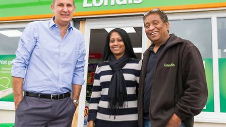 Martin Brooks from Natwest with Hemini and Kamalesh Patel of S&S Stores in Gorefield