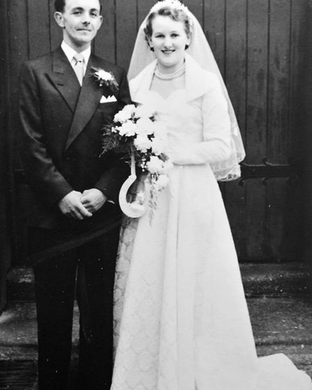 Neil and Margeret Mortlock. Celebrating their 60th wedding anniversary.