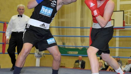 Chatteris ABC home show. Red,Dean Baxter (Chatteris) Blue, Artur Tomasevic (Peterborough Police) Pi