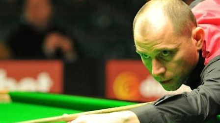 Chatters snooker player Joe Perry.