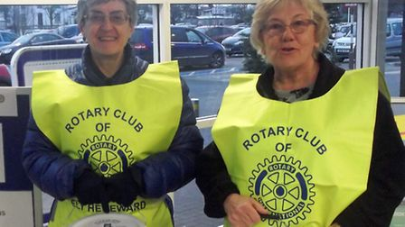 Hereward Rotary Club collect for flood victims