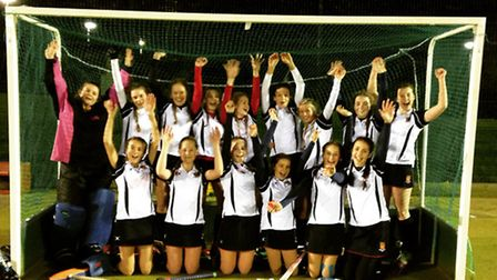 Felsted Hockey Club U15s secure national cup semi-final place