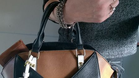 Police warning after spare of purse thefts in Ely