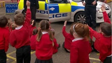 PC Becky Hughes and PC Gerry Cronin visit Witchford Rackham Primary School.