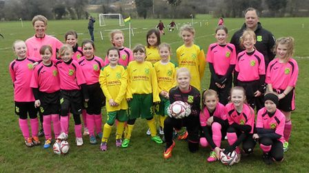 Dunmow Rhodes players