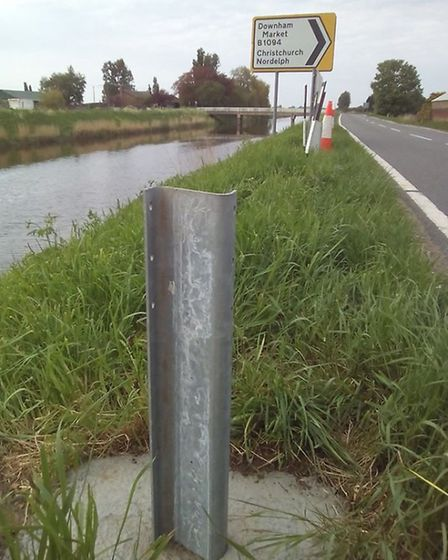 New signs at the Upwell Road/Sixteen Foot Road junction, near Christchurch