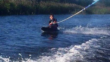 Charlie Saberton is to kneeboard and wakeboard for 10 miles to raise money for charity.