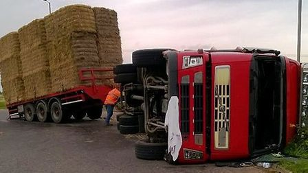 Chatteris man hospitalised after lorry overturns on A142 near Mepal