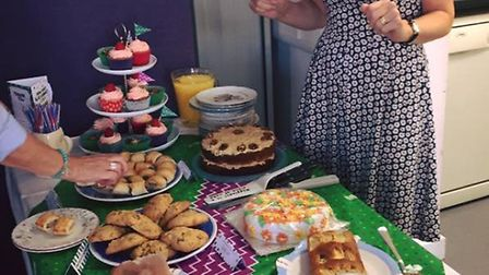 Cara Fresher's mum with the cakes.