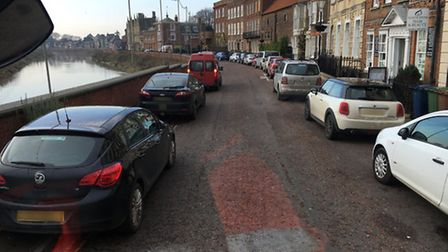 Wisbech fire crew met with illegally parked cars on North Brink