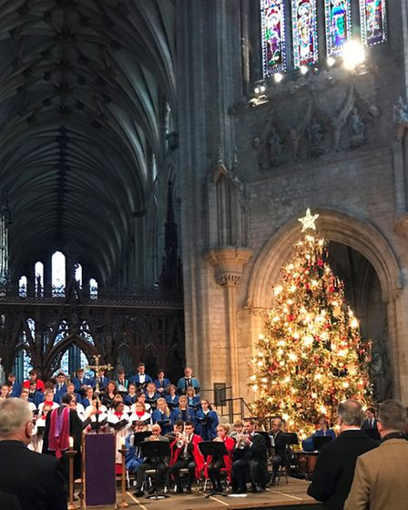 Hundreds visit Ely Cathedral for King's Ely's annual Service of Readings and Carols