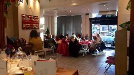 Bartosz Alichper holds a successful Christmas Day Dinner at Paninis in March