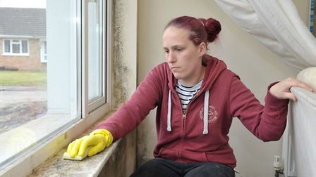 Damp and heating problems with Roddons at Chapel Avenue, Wisbech St Mary. Sarah Jones trying to remo