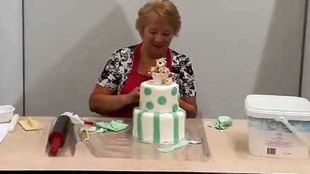 Cake artist and long-stand member of the British Sugarcraft Guild, Georgie Godbold will be showcasin